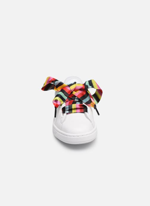 Baskets Puma Basket Heart Gen Hustle Blanc vue portées chaussures