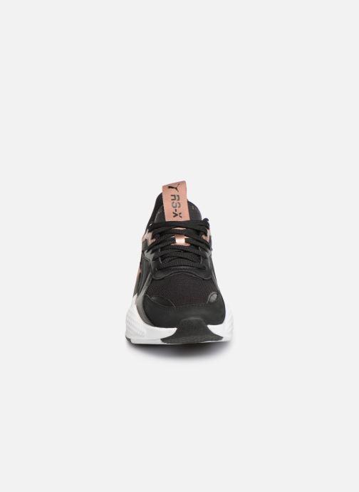 Baskets Puma Rs-X Trophy Noir vue portées chaussures