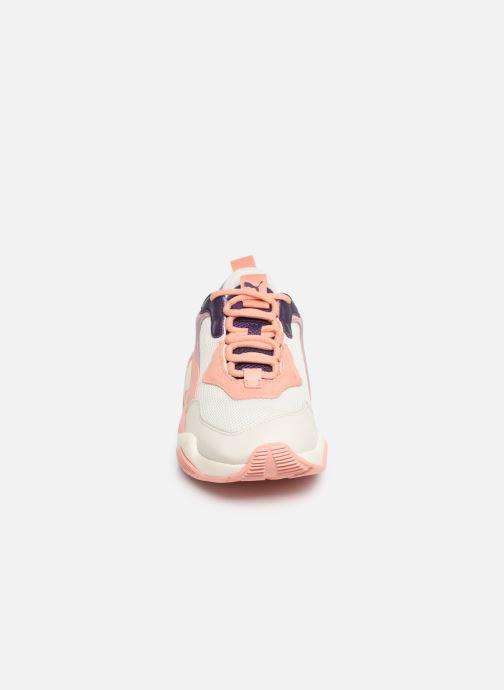 Sneakers Puma Thunder Spectra W Rosa modello indossato