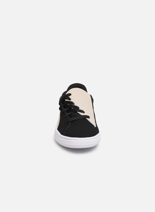 Sneakers Puma Basket Crush Paris Nero modello indossato