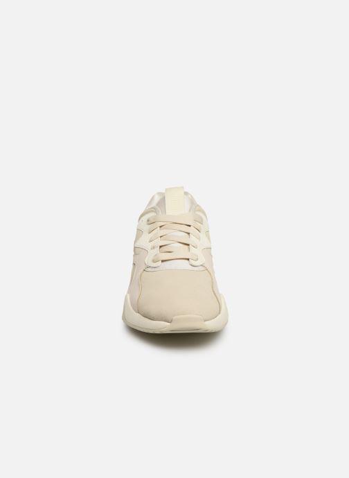 Baskets Puma Nova Pastel Grunge Wn's Beige vue portées chaussures