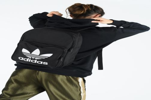 Rucksacks adidas originals BP CLAS TREFOIL Black view from underneath / model view