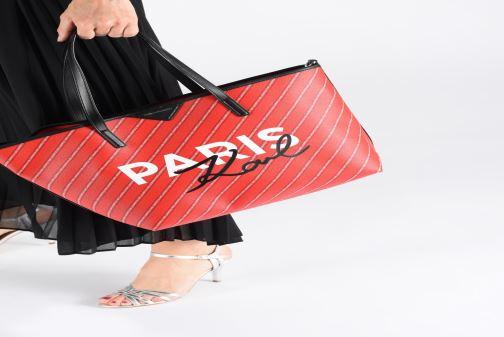 Sacs à main KARL LAGERFELD k/city shopper paris Rouge vue bas / vue portée sac