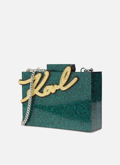 Borse KARL LAGERFELD karl shine minaudiere Verde modello indossato