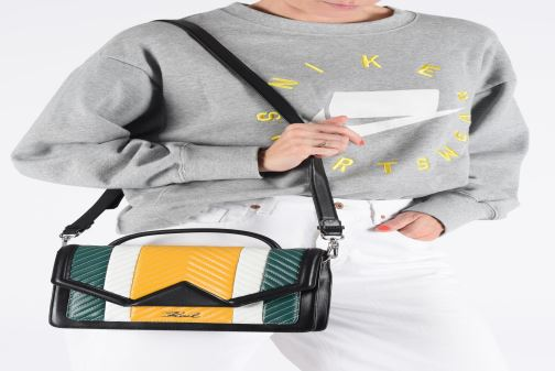 Handtaschen KARL LAGERFELD k/klassik quilted multi sb gelb ansicht von unten / tasche getragen