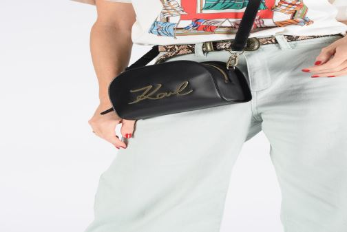 Sacs à main Karl Lagerfeld k/signature big crossb (tacco) Jaune vue bas / vue portée sac