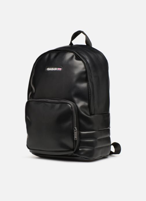 Mochilas Reebok CL Freestyle Backpack Negro vista del modelo