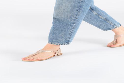 Sandales et nu-pieds S.Oliver Aylin Noir vue bas / vue portée sac