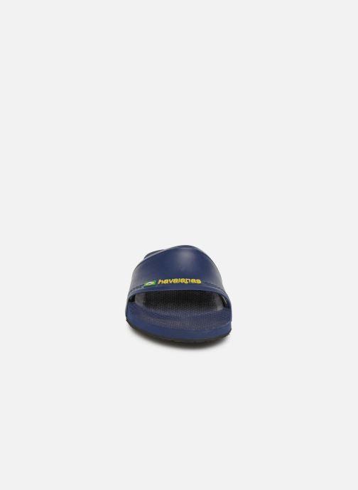 Sandalias Havaianas Slide Brasil Azul vista del modelo