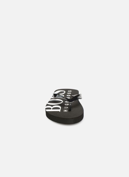 Tongs BOSS Tong J29176 Noir vue portées chaussures