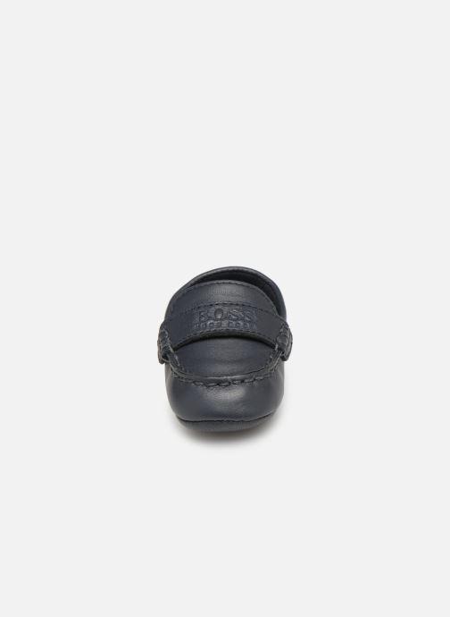 Chaussons BOSS Mocassin BB J99064 Bleu vue portées chaussures