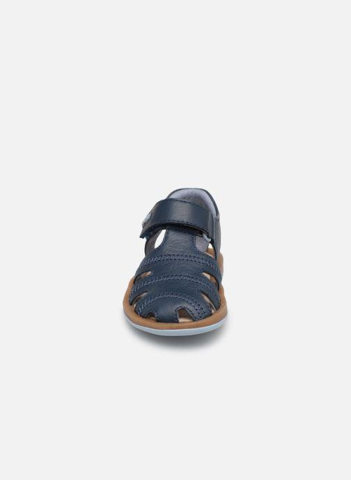 Sandales et nu-pieds Camper Bicho 80372 Bleu vue portées chaussures