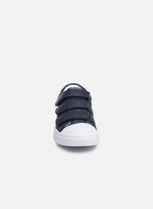Sneakers Shoesme Santiago Azzurro modello indossato
