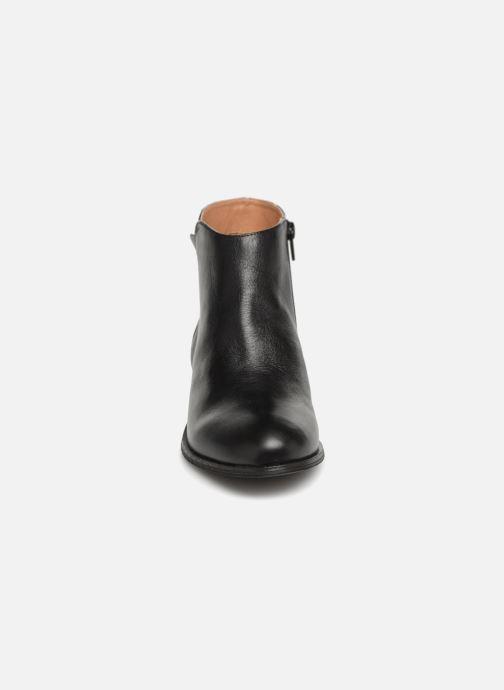 Bottines et boots Karston Wendy Old Noir vue portées chaussures