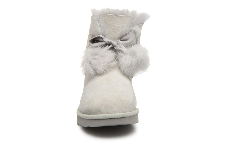 Bottines et boots UGG W Gita Gris vue portées chaussures