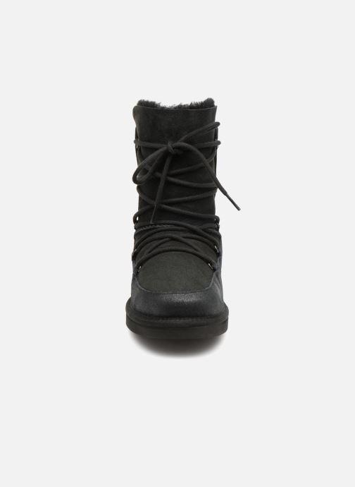 Bottes UGG Eliss K Noir vue portées chaussures