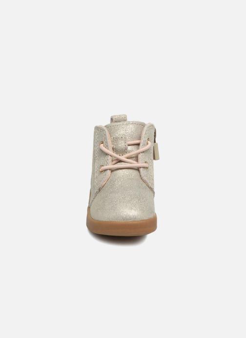 Bottines et boots UGG Kristjan Metallic K Or et bronze vue portées chaussures