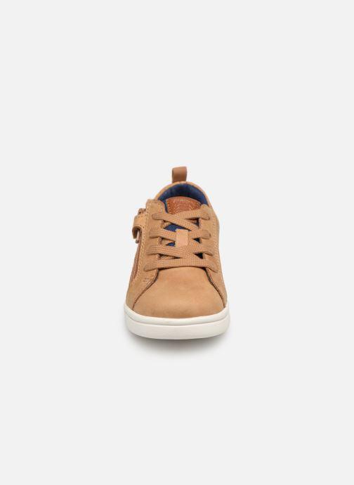 Baskets Geox B Djrock Boy B922CA Marron vue portées chaussures