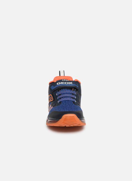 Baskets Geox J Android Boy J9244A Bleu vue portées chaussures