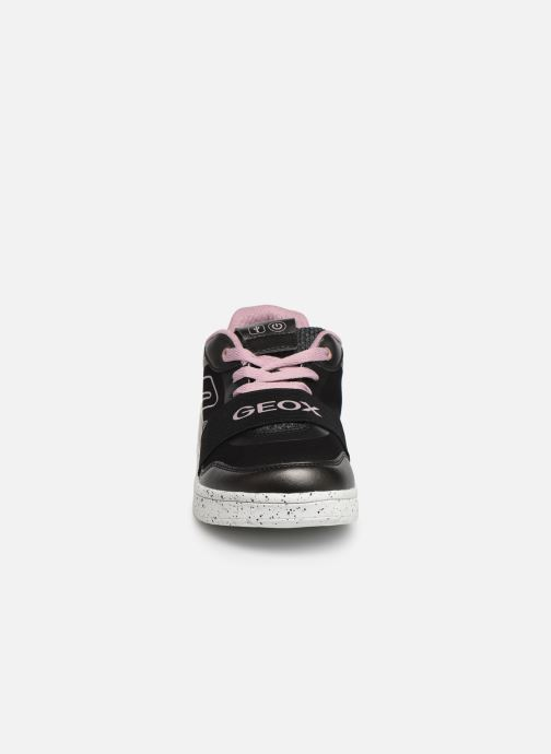 Sneakers Geox J Xled Girl J928DA Nero modello indossato