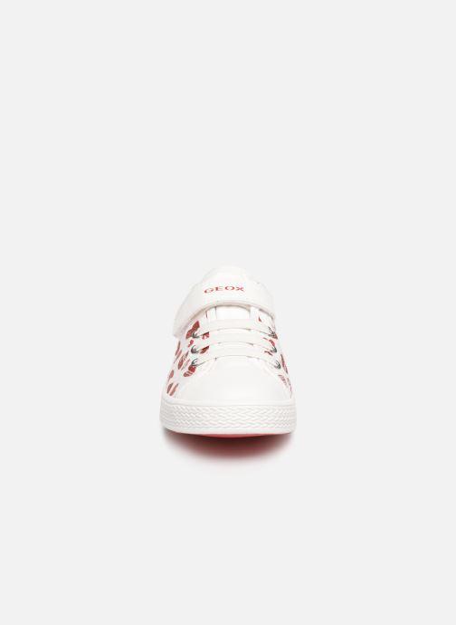 Baskets Geox Jr Ciak Girl J9204J Blanc vue portées chaussures