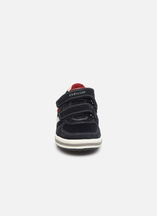 Baskets Geox Jr Vita J92A4A Bleu vue portées chaussures