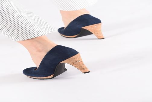 High heels Marco Tozzi Melis Beige view from underneath / model view