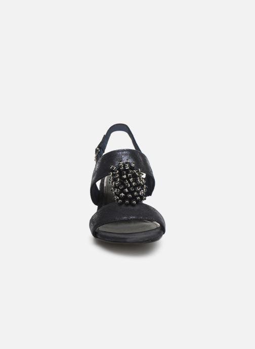 Sandali e scarpe aperte Marco Tozzi Elya Azzurro modello indossato