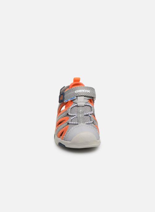 Sandales et nu-pieds Geox B Sandal Multy Boy B920FB Gris vue portées chaussures