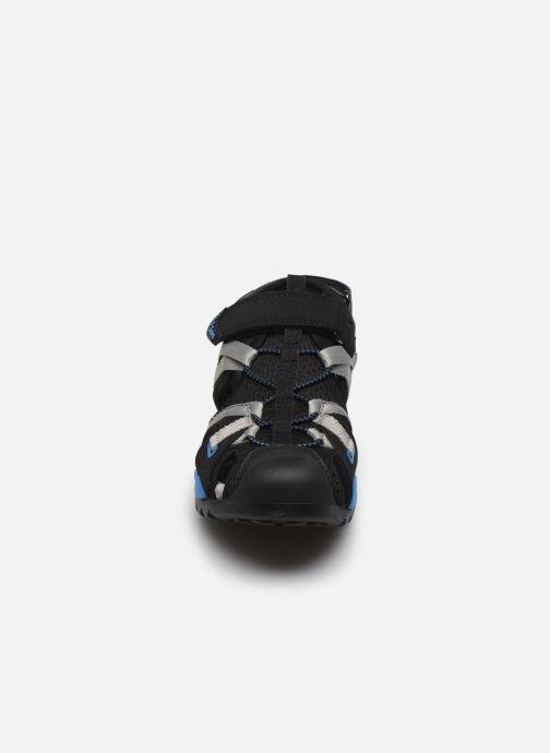 Sandales et nu-pieds Geox J Borealis Boy J920RB Noir vue portées chaussures
