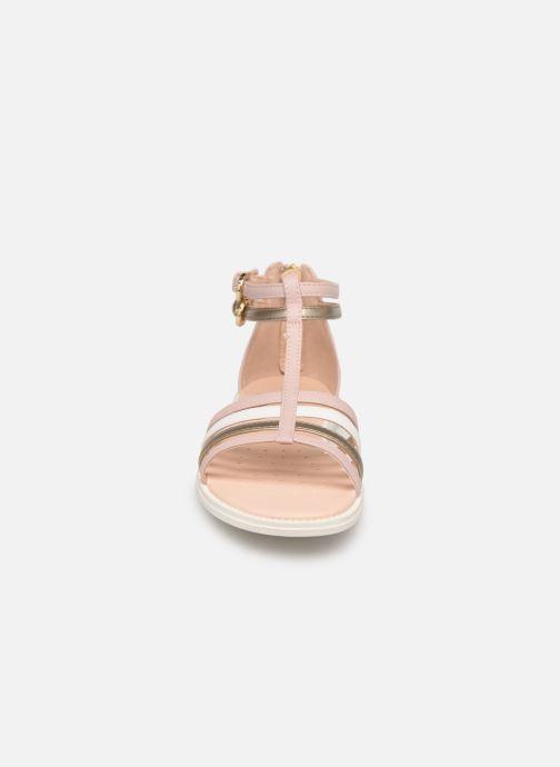 Sandales et nu-pieds Geox J Sandal Karly Girl J7235D Rose vue portées chaussures