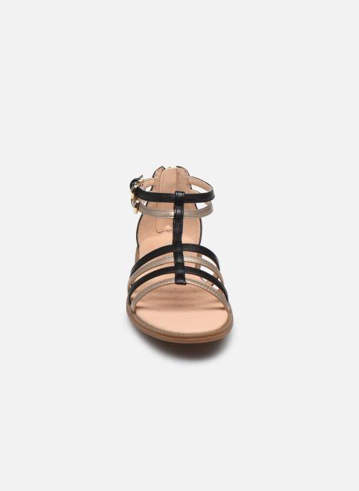 Sandalen Geox J Sandal Karly Girl J7235D schwarz schuhe getragen