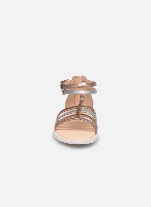 Sandalen Geox J Sandal Karly Girl J7235D rosa schuhe getragen