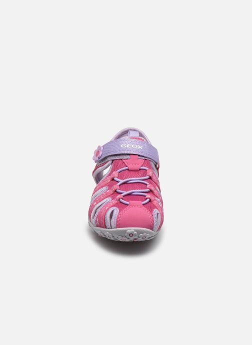 Sandali e scarpe aperte Geox Jr Sandal Roxanne J92D9B Rosa modello indossato