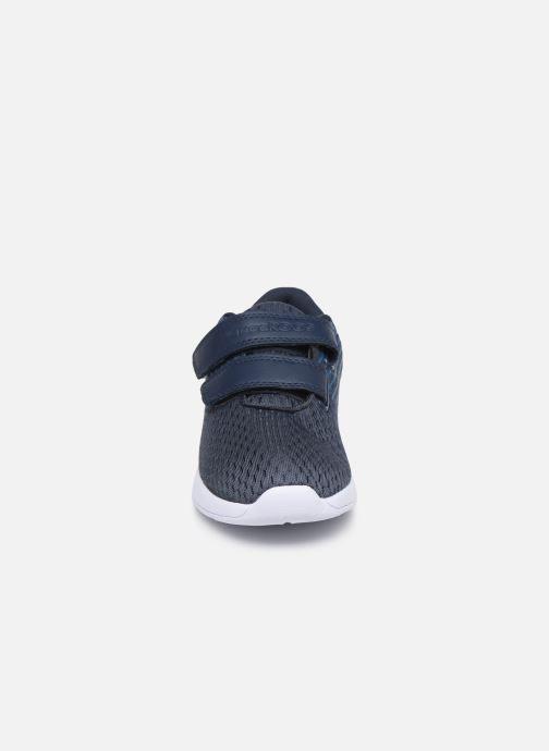Baskets Kangaroos KF Act V Bleu vue portées chaussures
