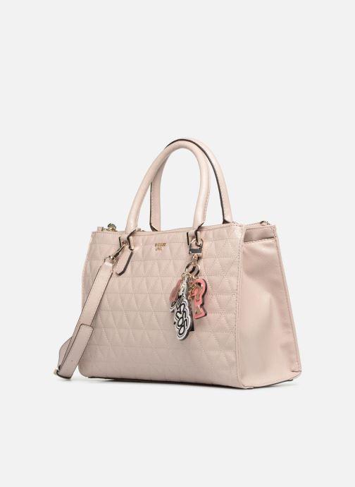 Bolsos de mano Guess TABBI STATUS SATCHEL Rosa vista del modelo