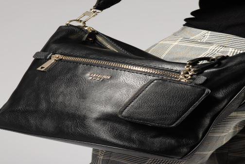 Handtassen Guess TALLAN HOBO Zwart onder