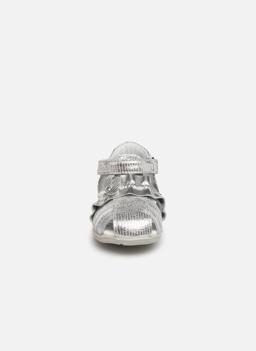 Sandales et nu-pieds Chicco Gertry Argent vue portées chaussures