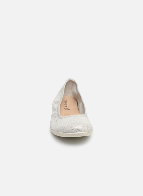 Ballerines Caprice Gina Argent vue portées chaussures
