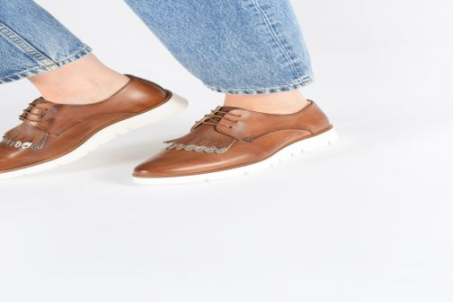 Chaussures à lacets Georgia Rose Nahema Bleu vue bas / vue portée sac