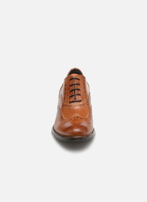 Chaussures à lacets Georgia Rose Noelly Marron vue portées chaussures