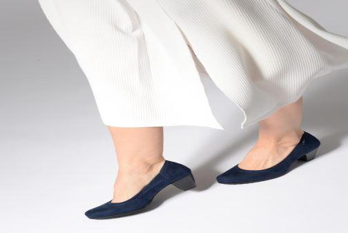 Escarpins Jana shoes Anna Bleu vue bas / vue portée sac