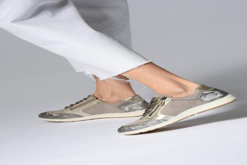 Baskets Jana shoes Iris Beige vue bas / vue portée sac