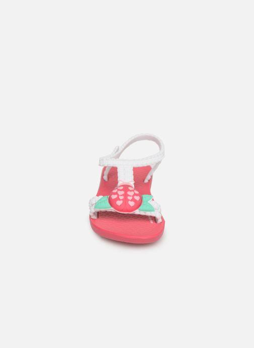 Sandali e scarpe aperte Ipanema My First Ipanema IV Baby Rosa modello indossato