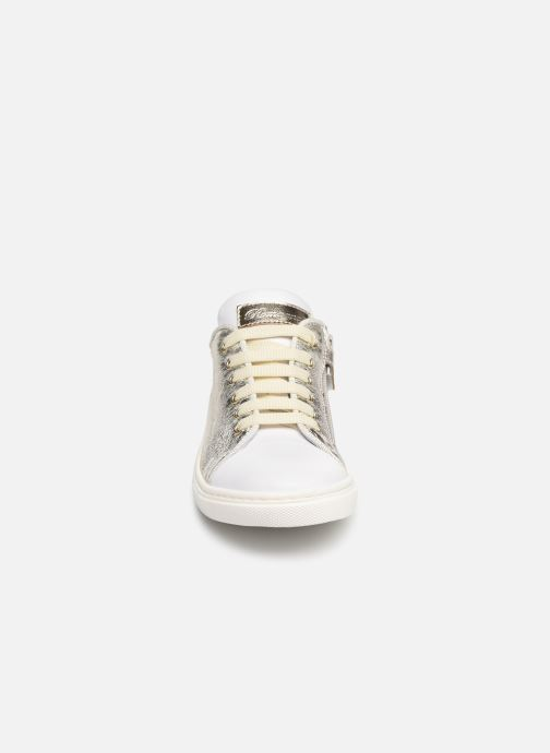 Sneaker Romagnoli Antonia silber schuhe getragen