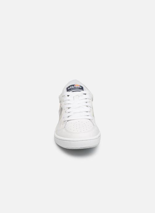 Sneakers Ellesse EL91502 W Bianco modello indossato