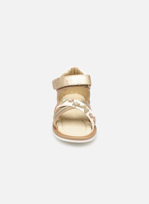 Sandales et nu-pieds Mod8 Shadia Or et bronze vue portées chaussures