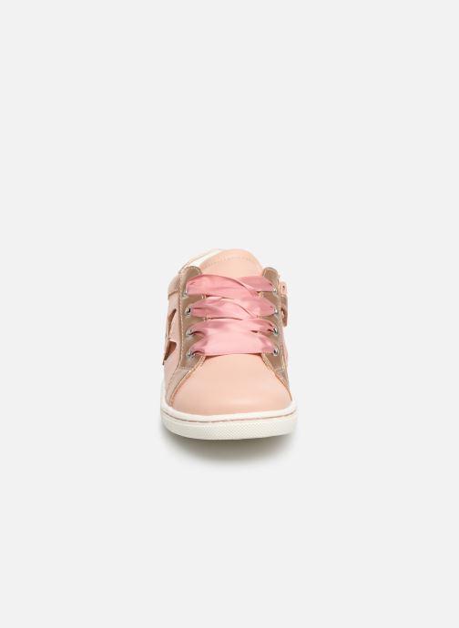 Baskets Mod8 Pakita Rose vue portées chaussures