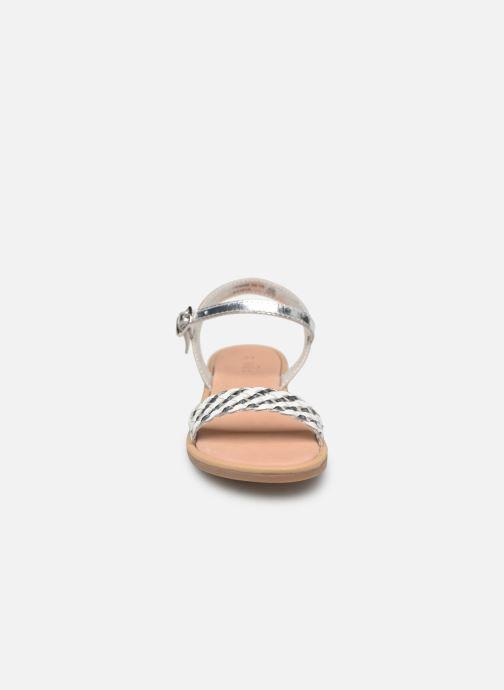 Sandales et nu-pieds Mod8 Parigirly Argent vue portées chaussures