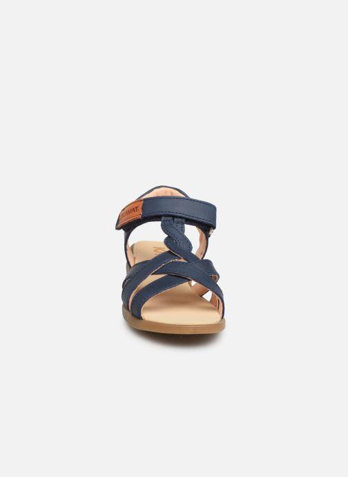 Sandalen Kavat Mala EP blau schuhe getragen